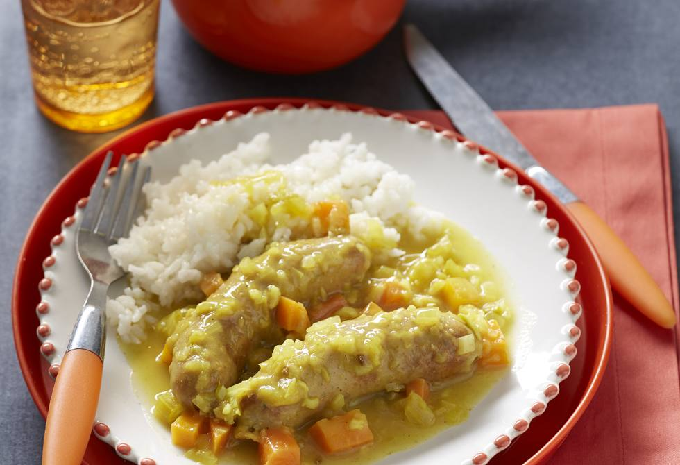 Mild curried sausages with rice