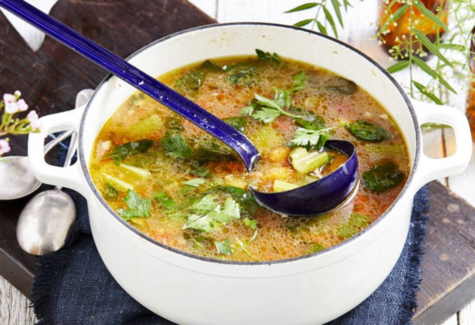 Vegetable and ham hock soup