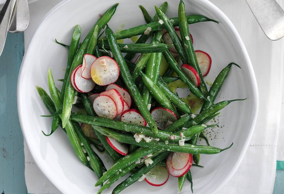 Green beans & radishes with shallot dressing