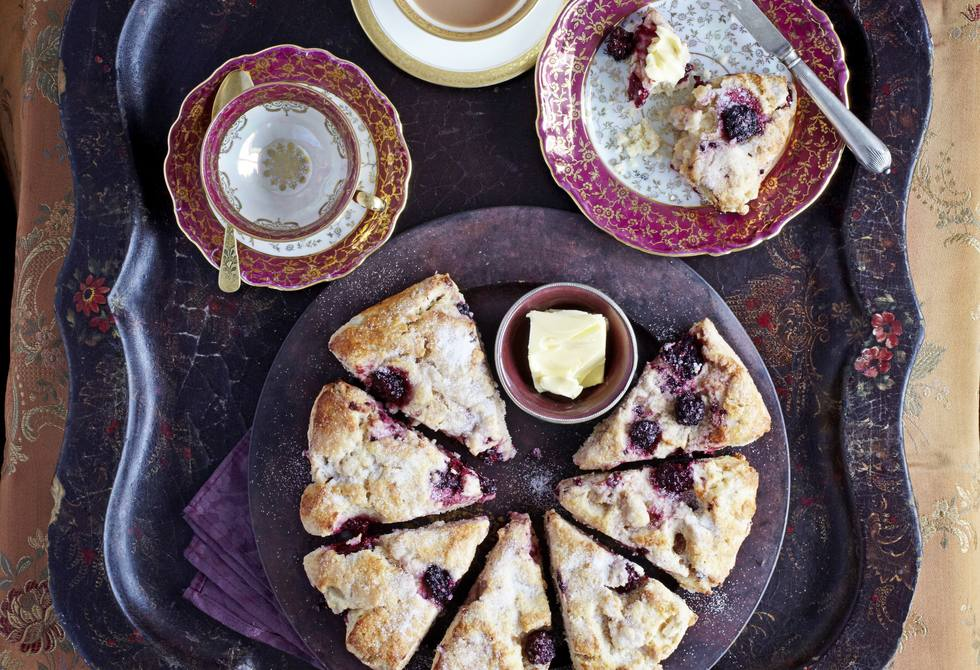 Pear & blackberry scone round