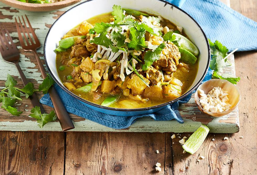 Easy pork and pineapple curry