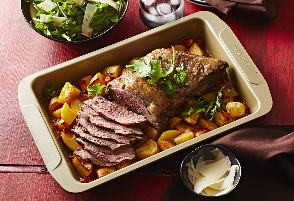 Roast lamb with tomato & potatoes