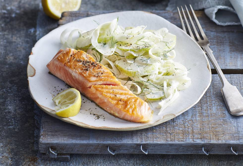 Salmon with fennel & pear salad