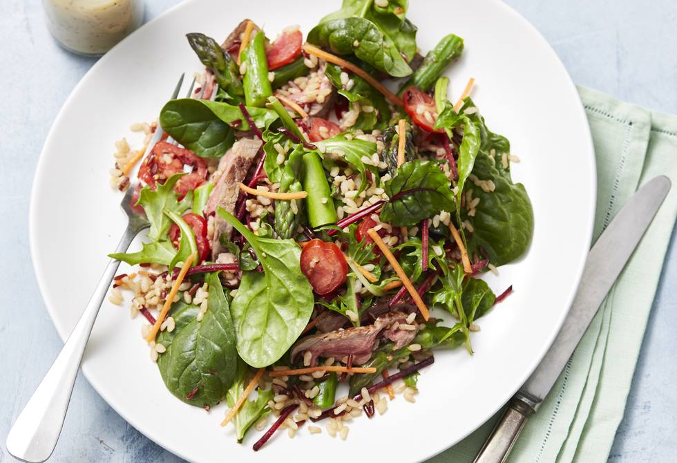 Beef and asparagus rice salad