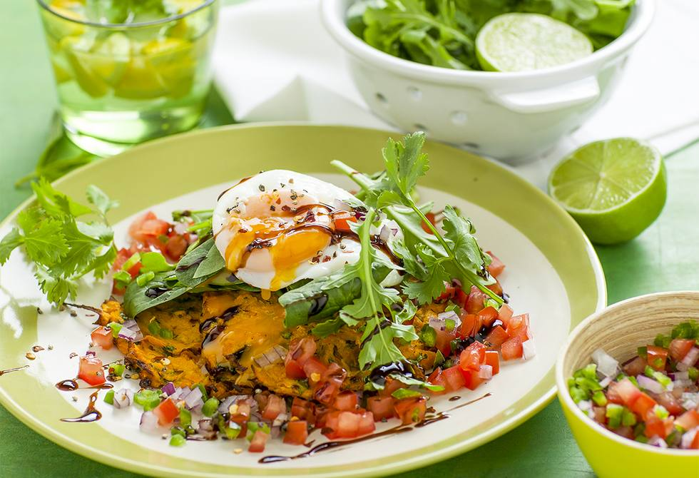 Baked rosti with salsa & poached eggs
