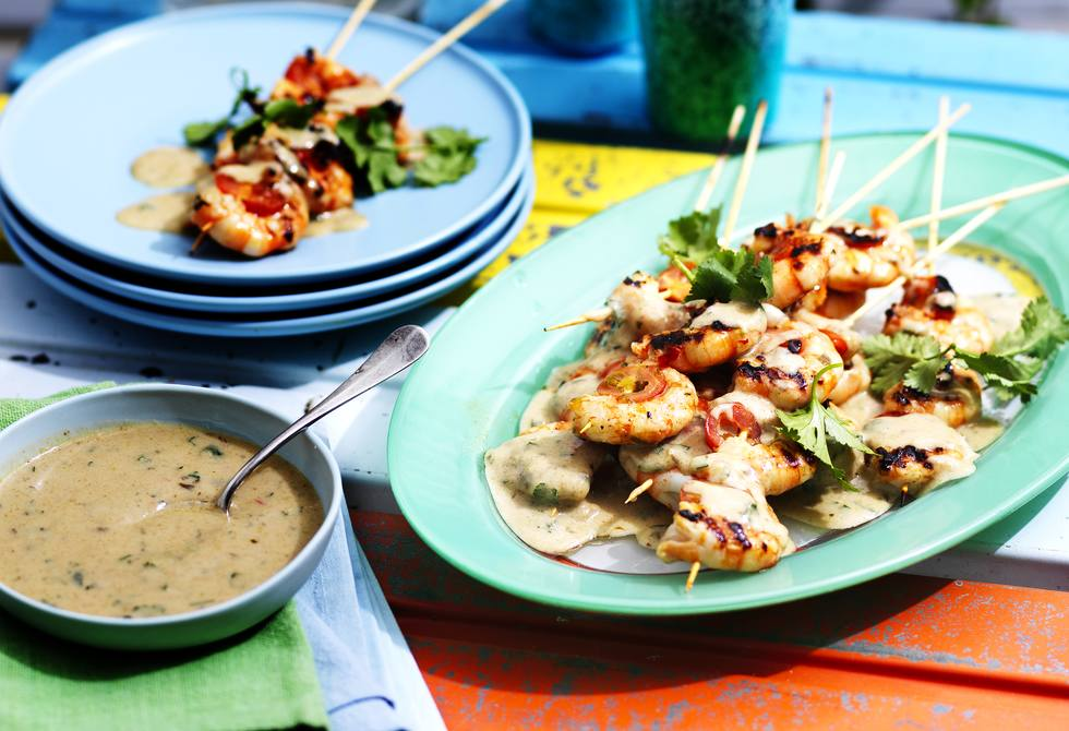 Thai prawn skewers with green curry sauce