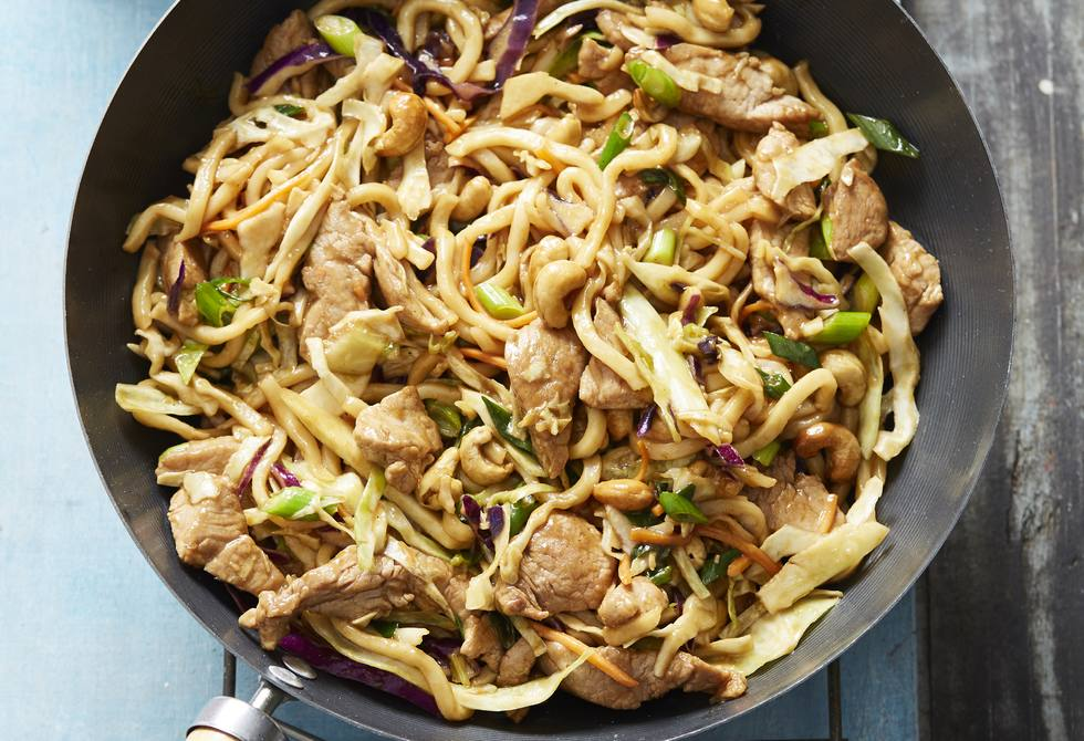 Hoisin pork & cashew noodles