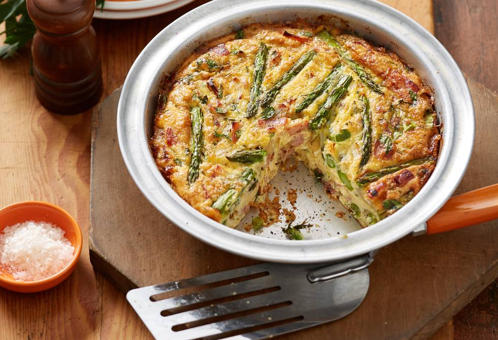 Bacon and asparagus frittata