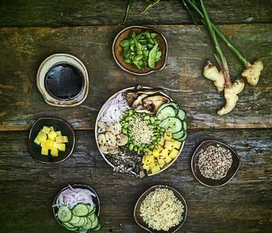 Pokee de Quinoa em Grãos