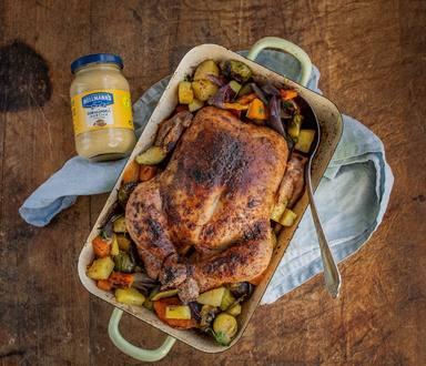 Šťavnaté kuře s brambory, dýní a růžičkovou kapustou