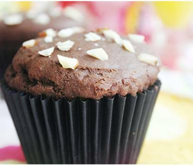 Muffin de chocolate con almendras