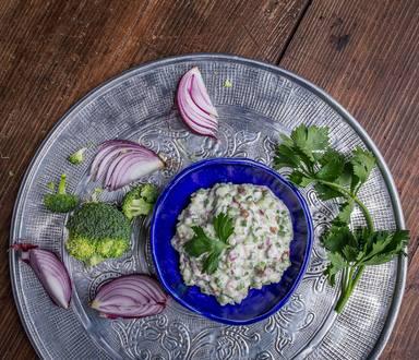 Salsa ze řapíkatého celeru a brokolice