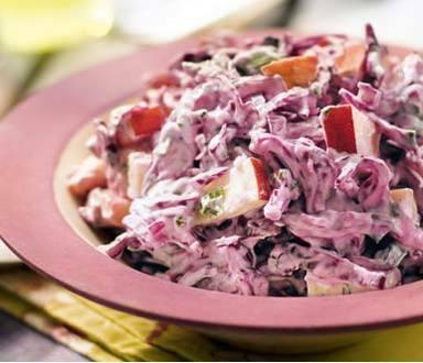 Salada de couve roxa & maçã