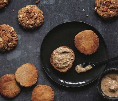Crunchy Almond Butter Cookies