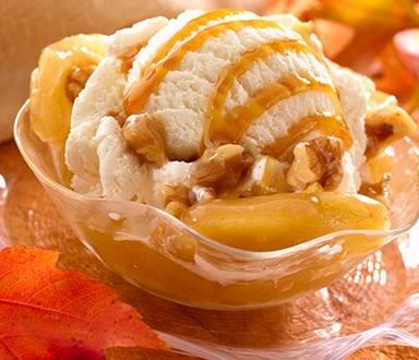 Sundaes de nuez, manzana y caramelo