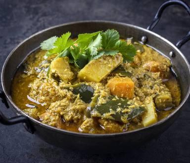 Orez cu legume și curry