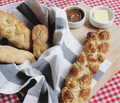 Pan de leche condensada y amapolas | Maizena