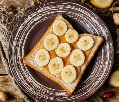Recipe of Caramelized Bananas with Peanut Butter on Toast