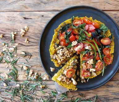 Torta de Quinoa com Espinafre e Nozes