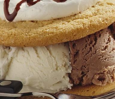 Black & White Ice Cream Sandwiches
