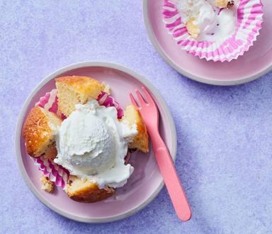 Appeltaart cupcakes met slagroom ijs