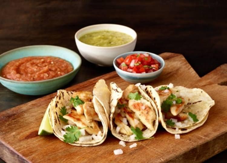 Knorr® Chicken Tacos with Pico de Gallo