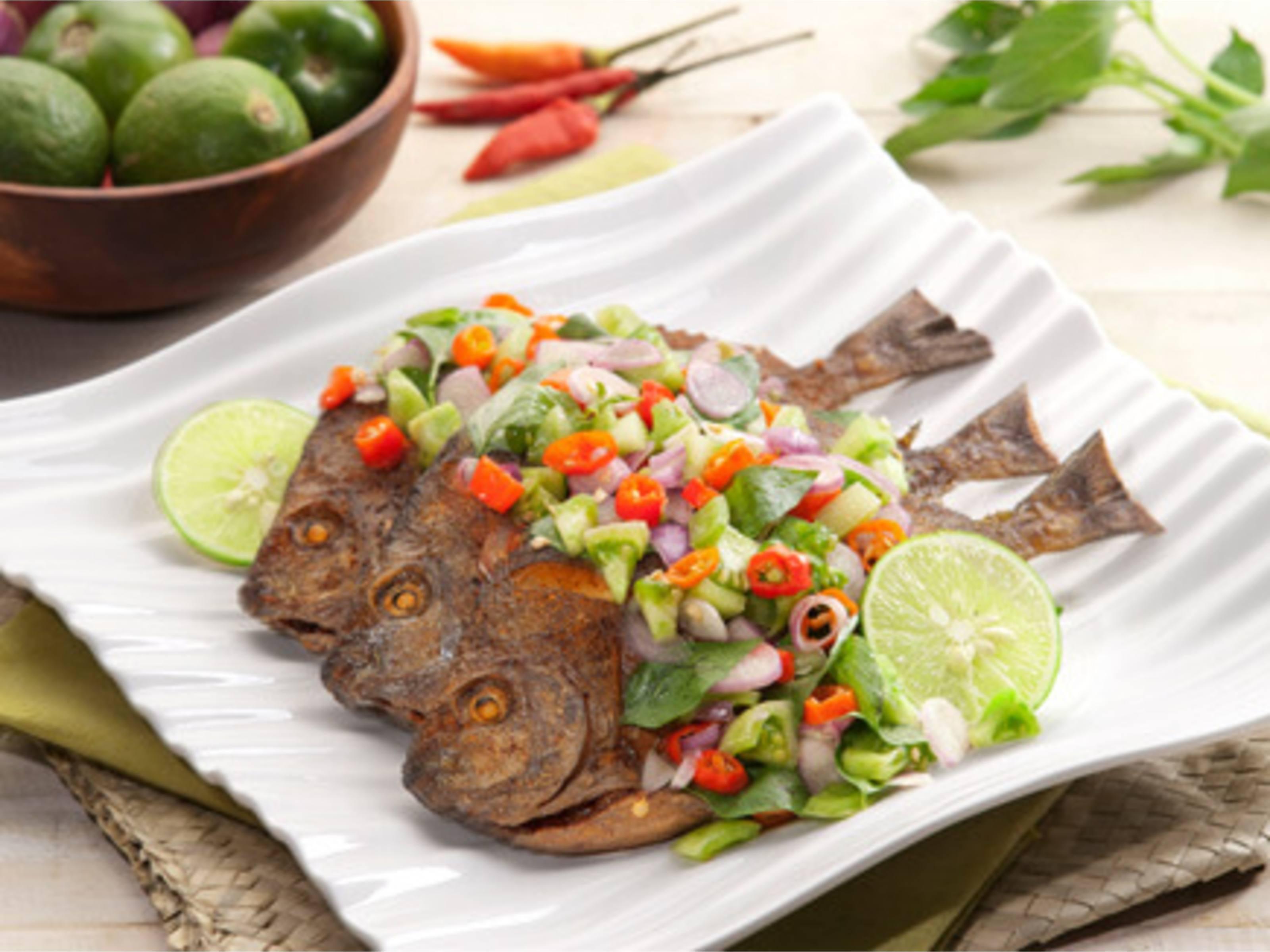 resep masakan ikan laut pedas manis resep manis masakan indonesia Resepi Ikan Siakap Berkuah Enak dan Mudah