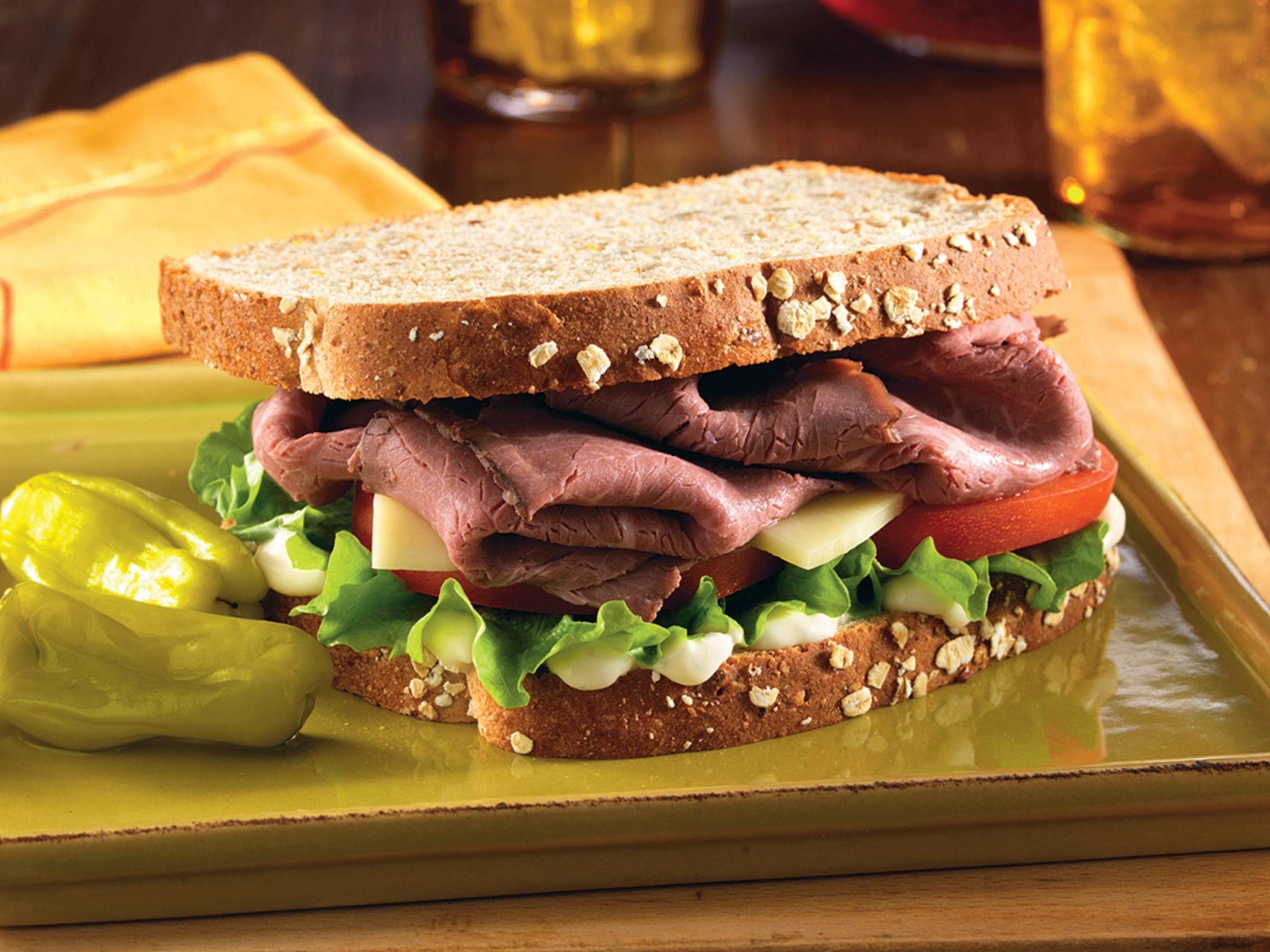 roast beef sandwich with provolone | hellmann's us