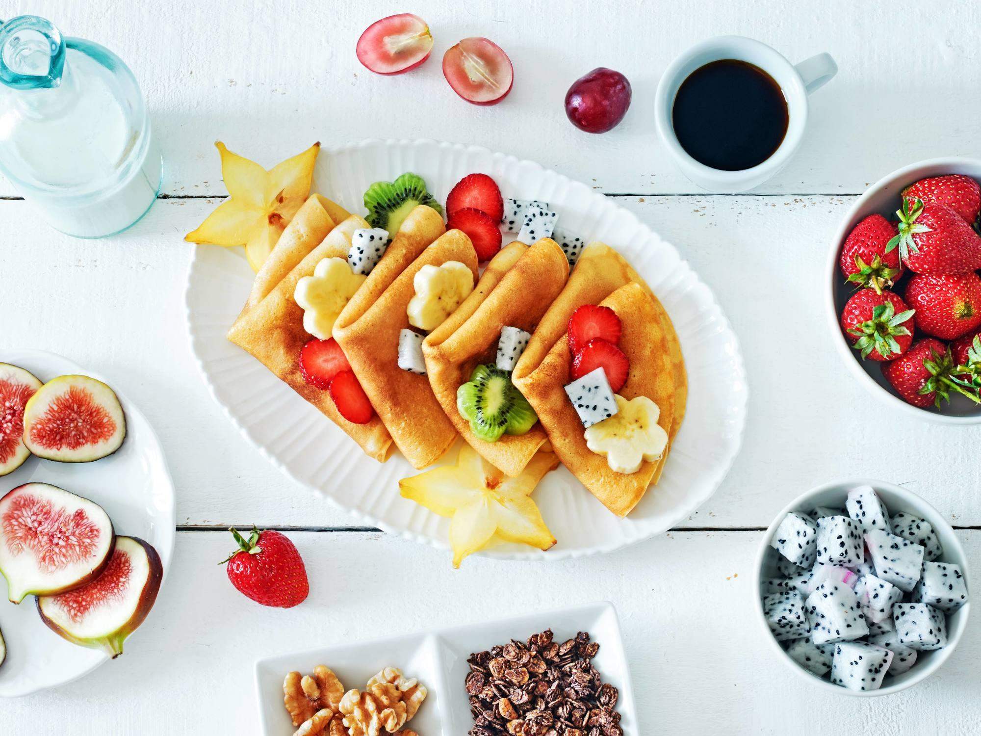 Crêpes aux épices et aux fruits