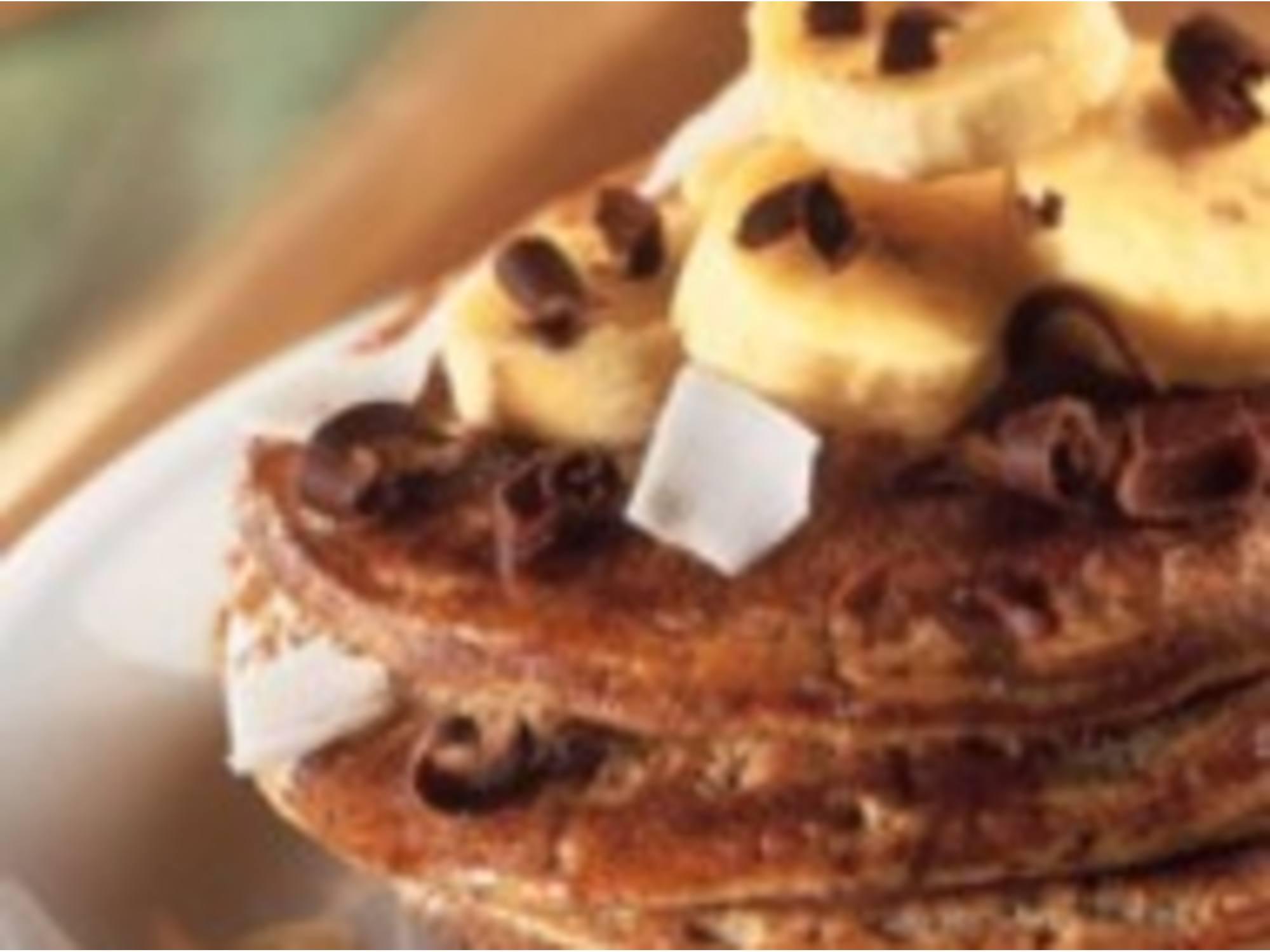 Pancakes chocolat-banane et noix de coco