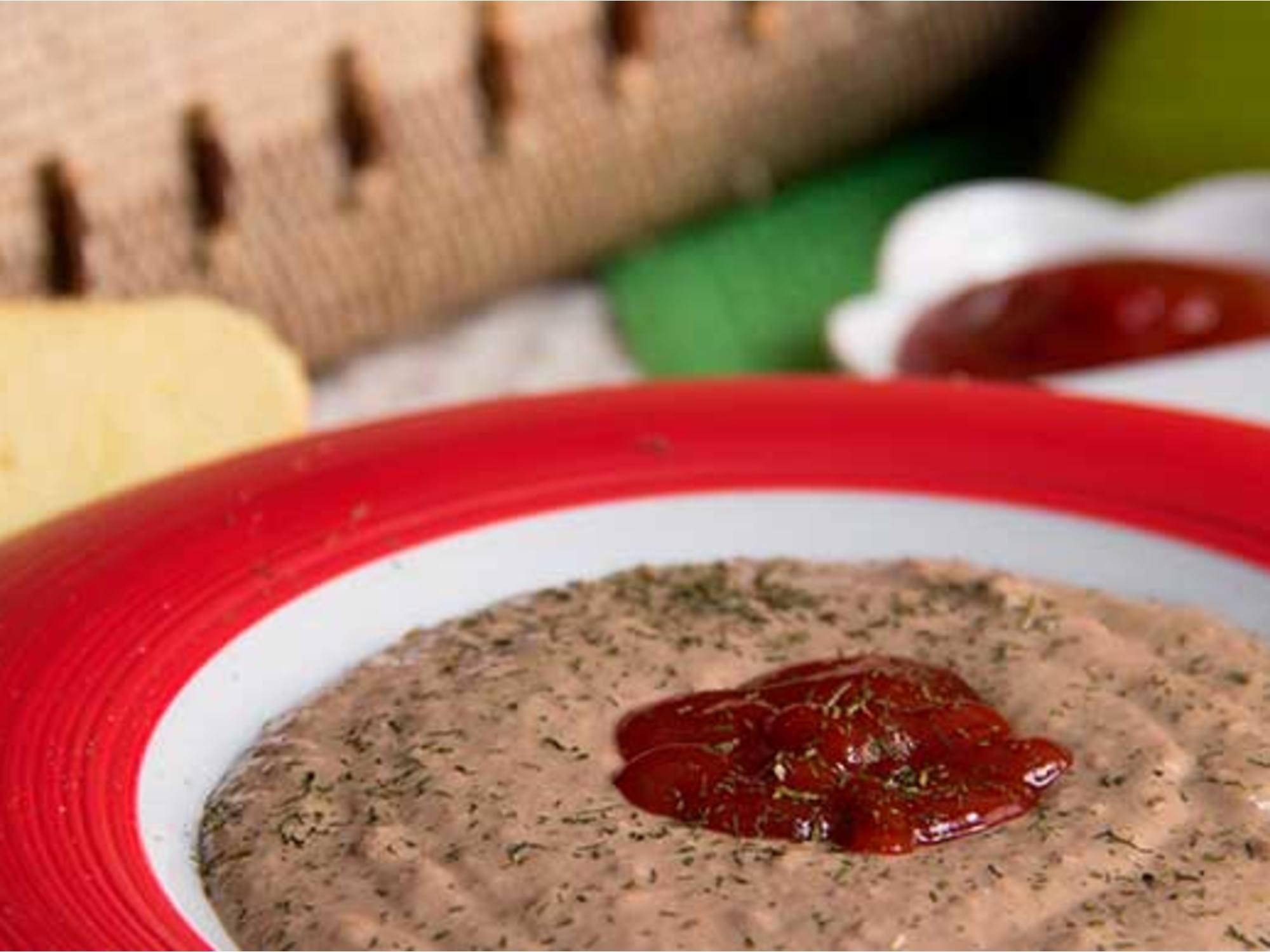 Pate de Pollo con Hierbas y Salsa Mayo Mostaza
