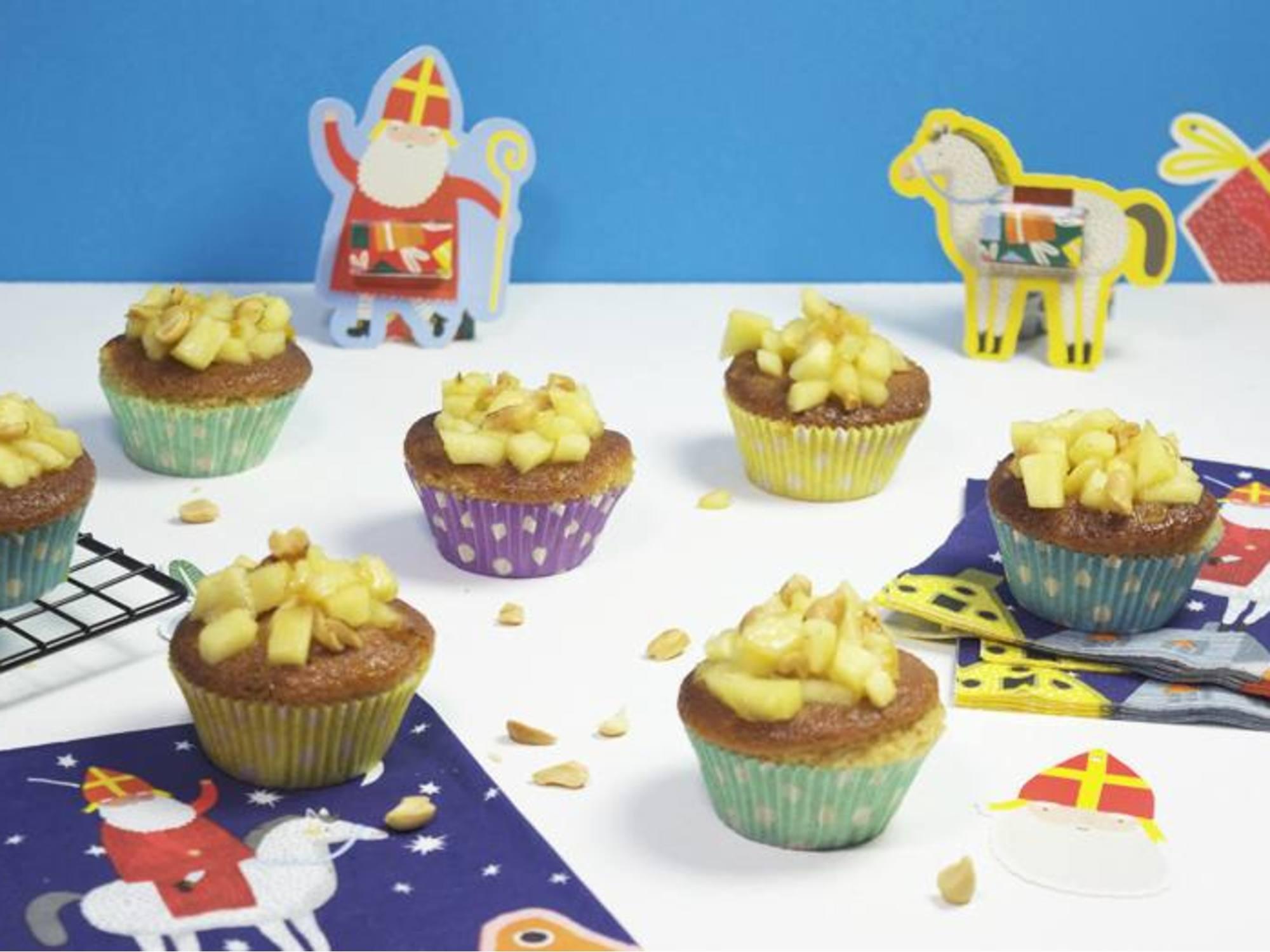 Pindakaas-speculaas cupcakes met appel