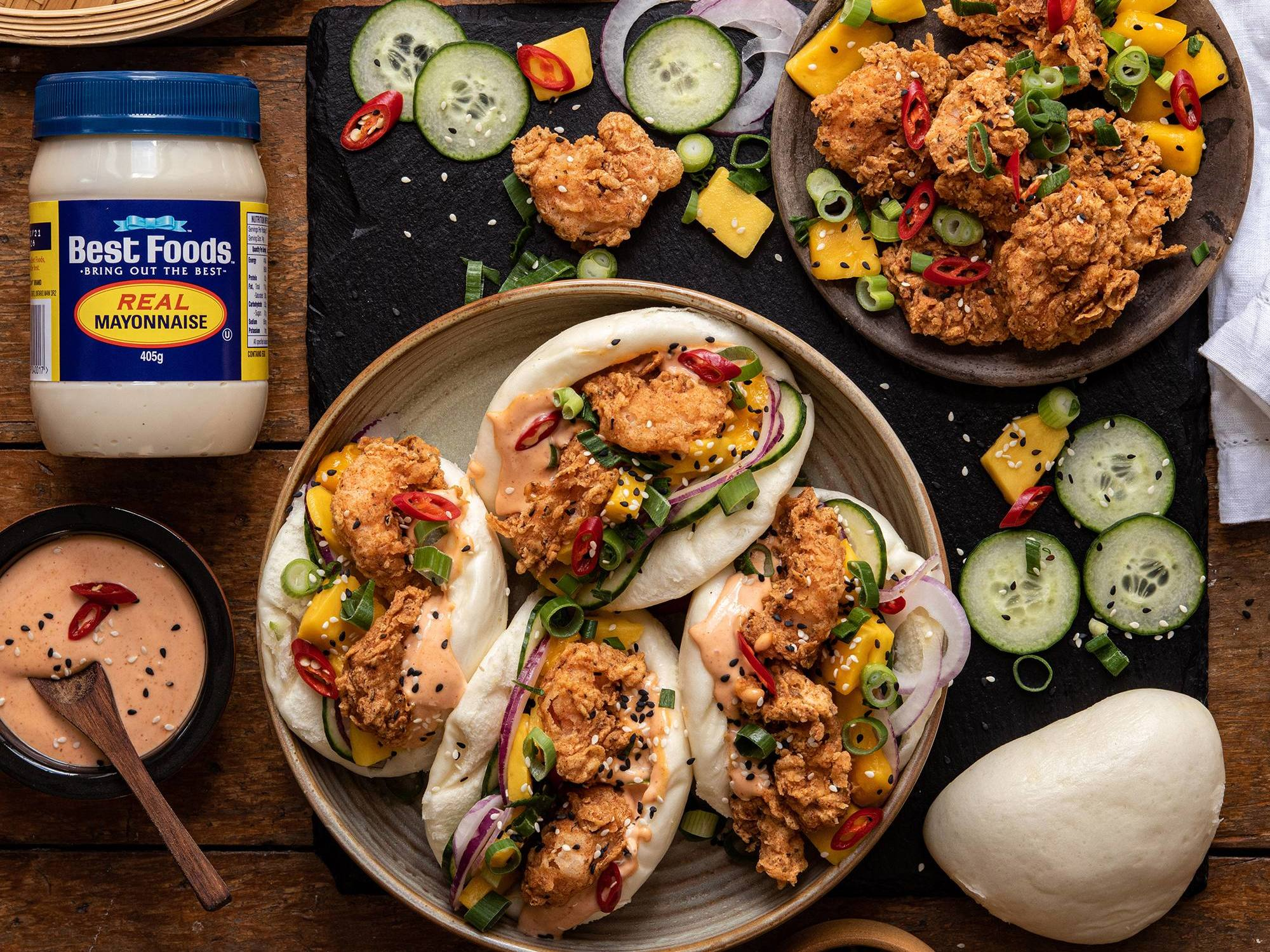 Crispy Prawn and Mango Bao with Chilli Mayo | Hellmann's NZ