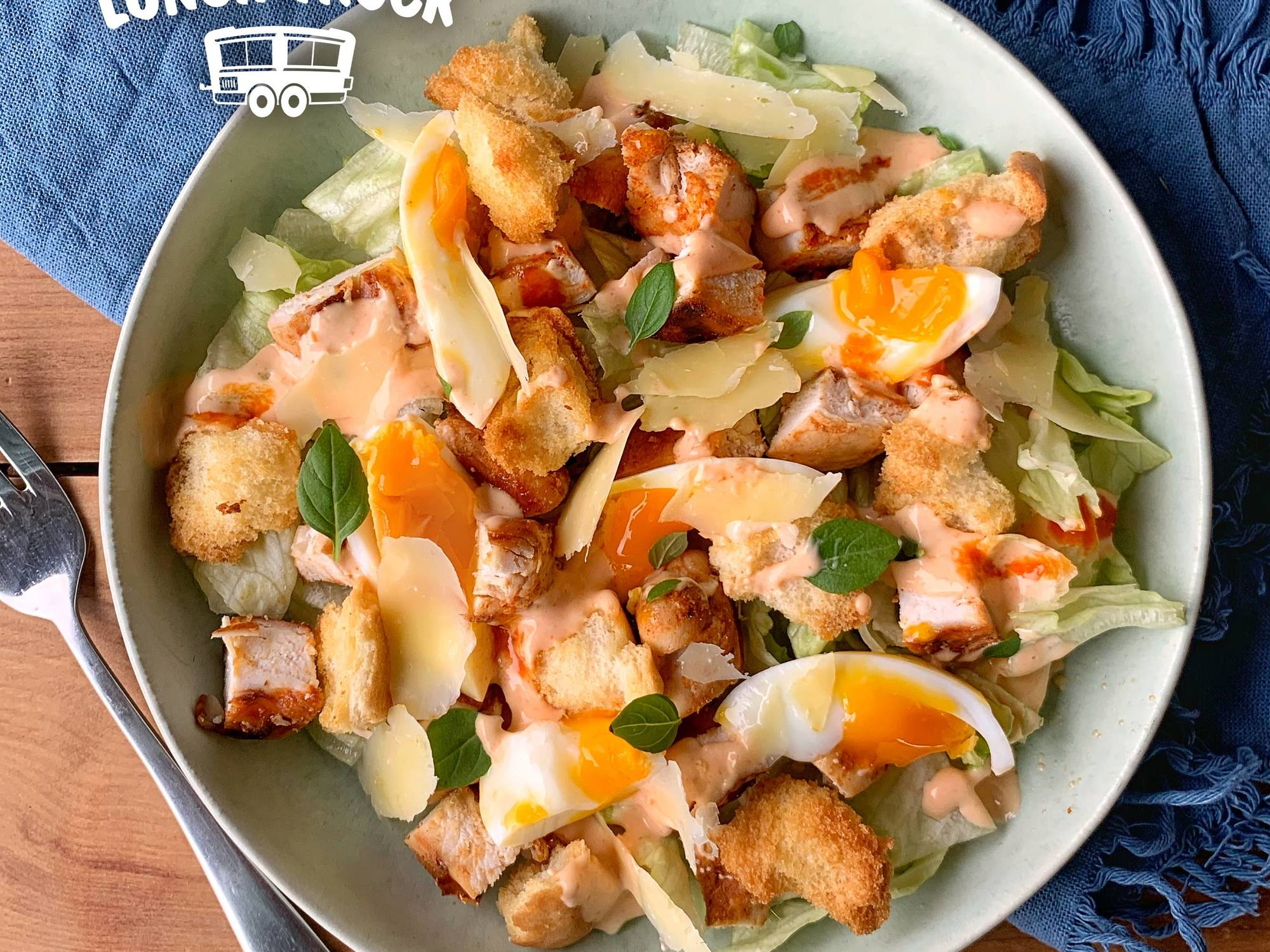 Chicken Salad with Crispy Croutons and Spicy Mayo | Hellmann's NZ