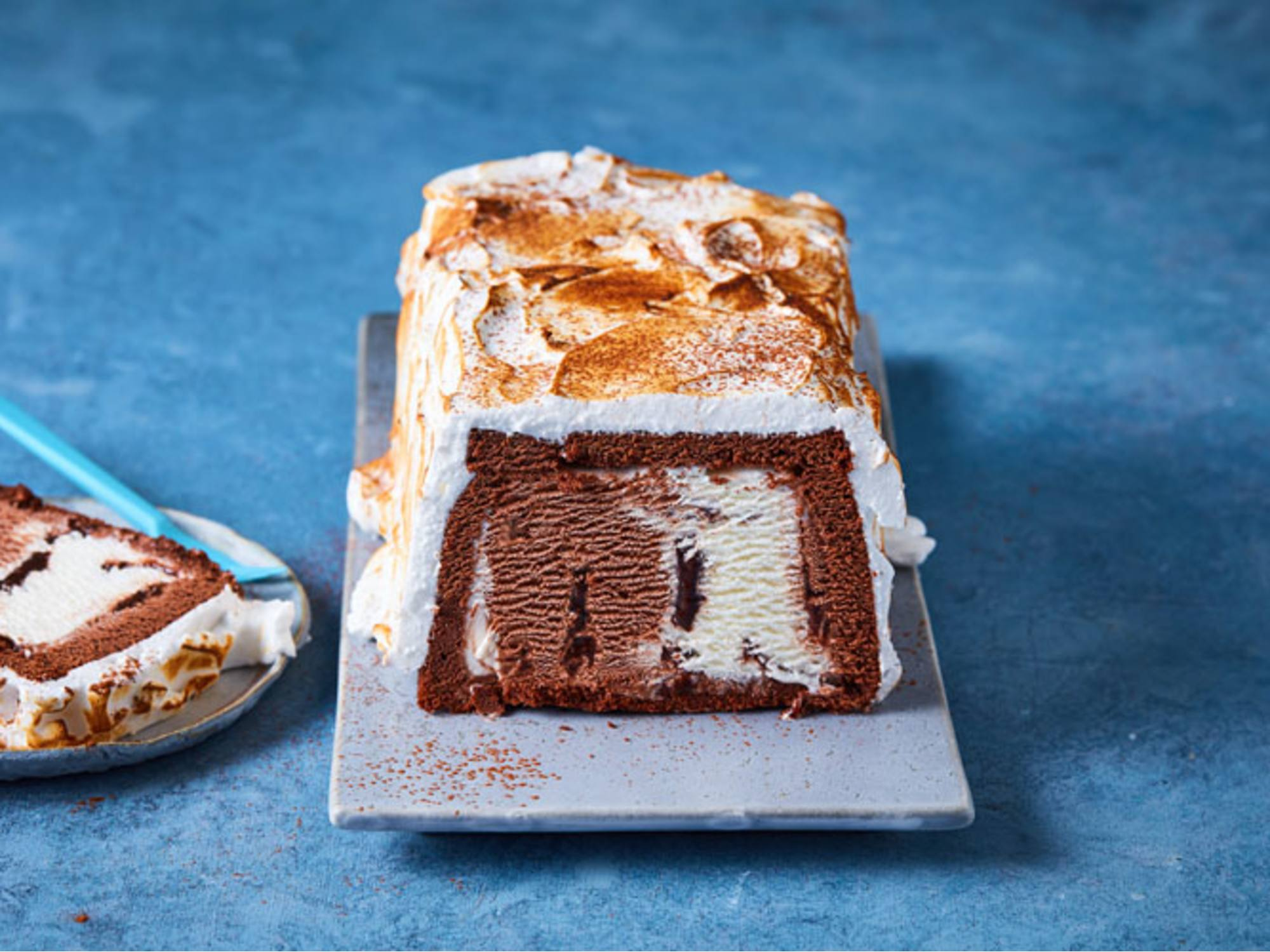 Chocoladecake met 3 chocolade ijs