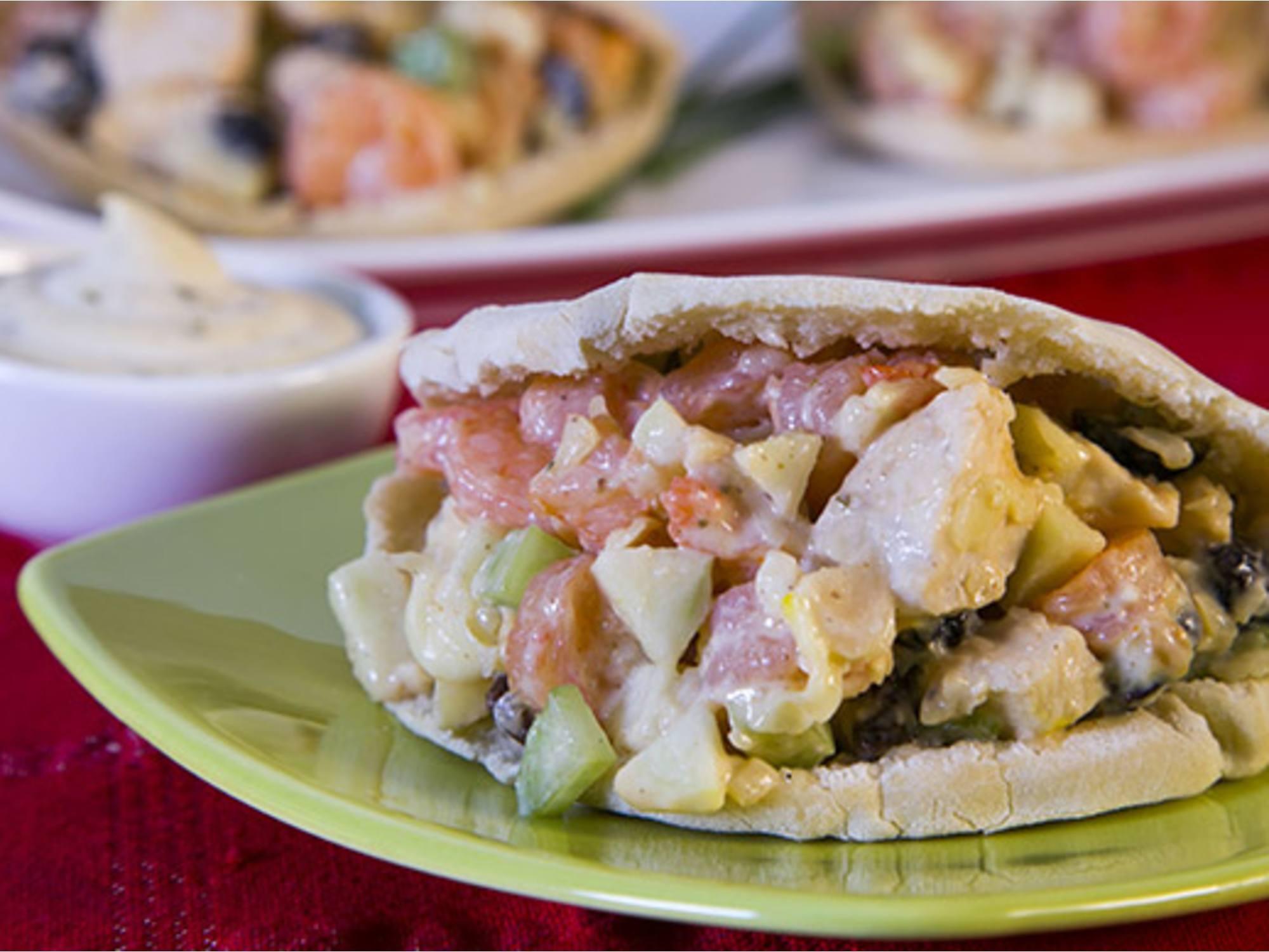 Pita de Pollo y Verduras con Salsa Tártara Fruco