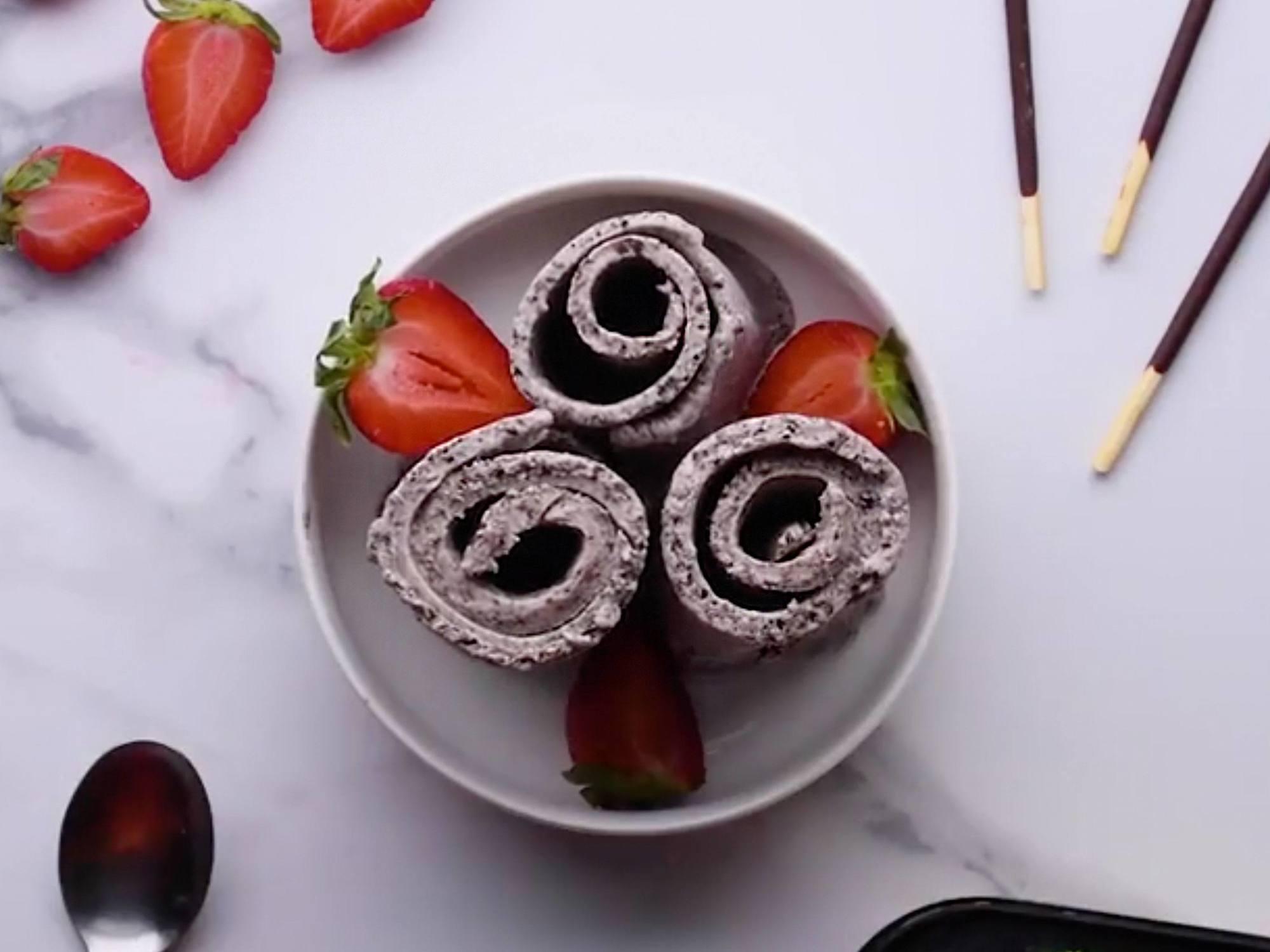 Rolled Ice Cream Dessert Recipe