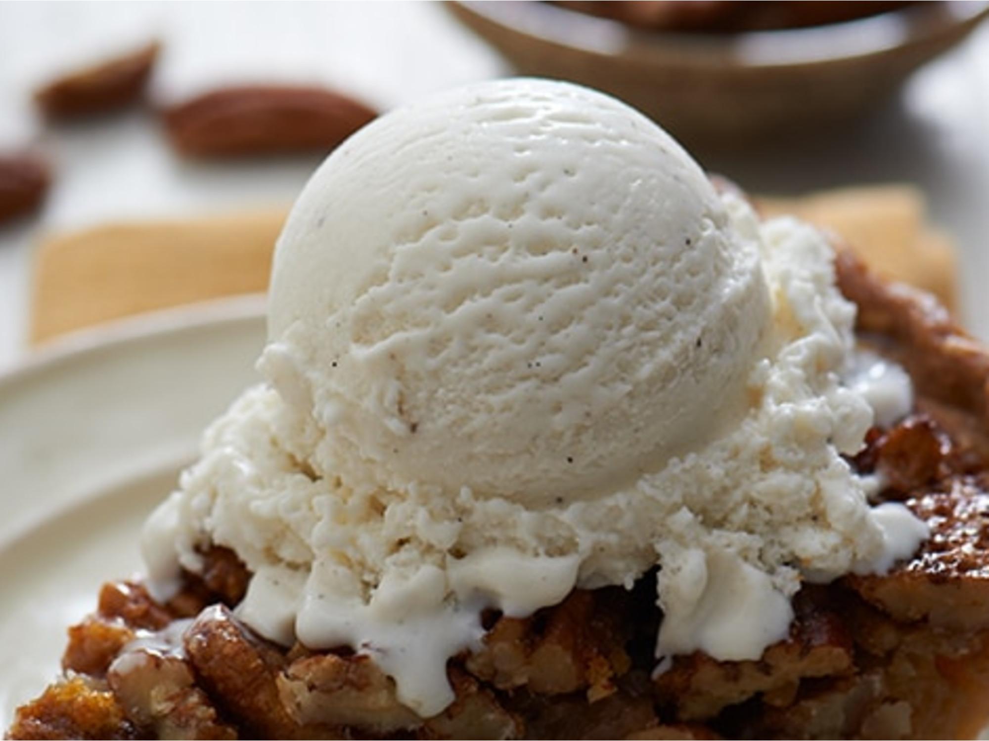 Maple Pecan Pie a la Mode