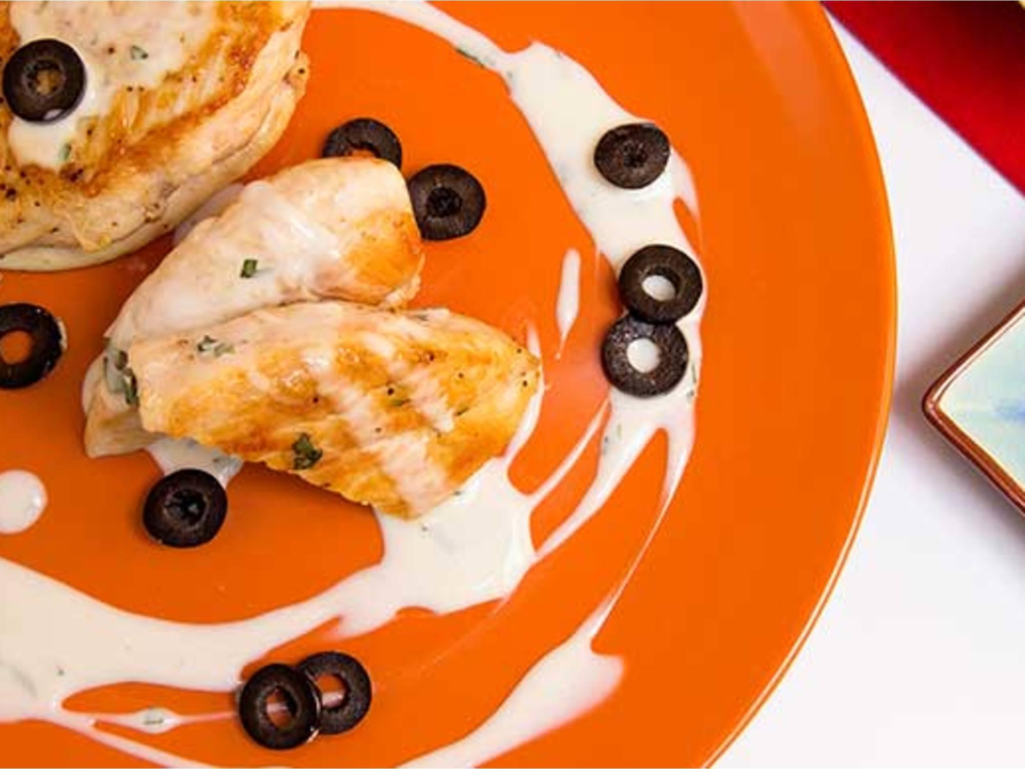 Pollo Griego con Mayonesa Fruco