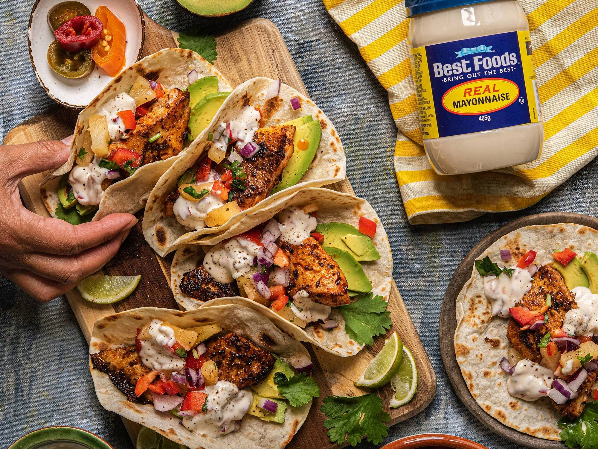 Pineapple Fish Tacos with Jalapeño Mayo | Hellmann's NZ