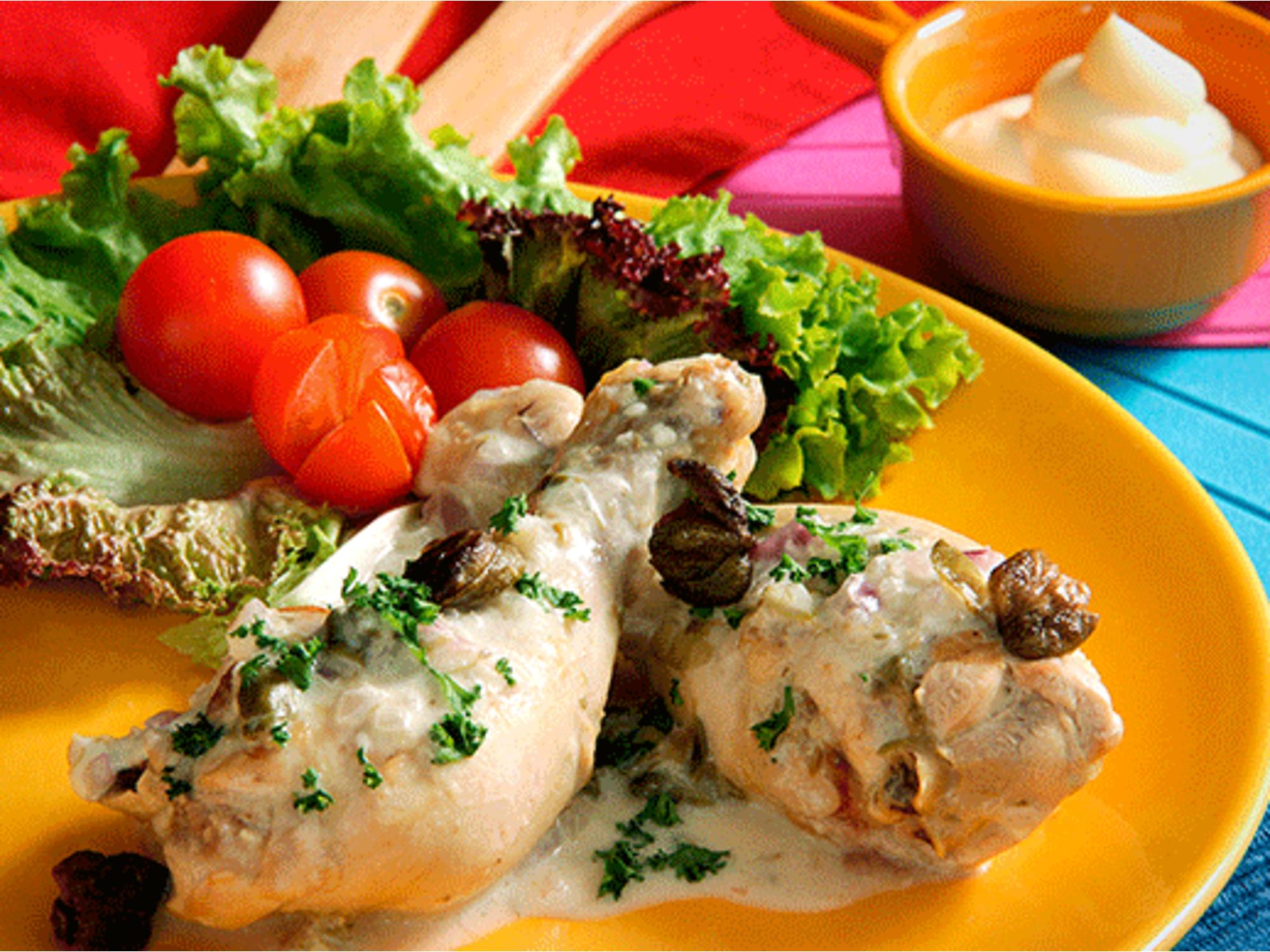 Piernas de pollo en salsa alcaparrada con Mayonesa Fruco