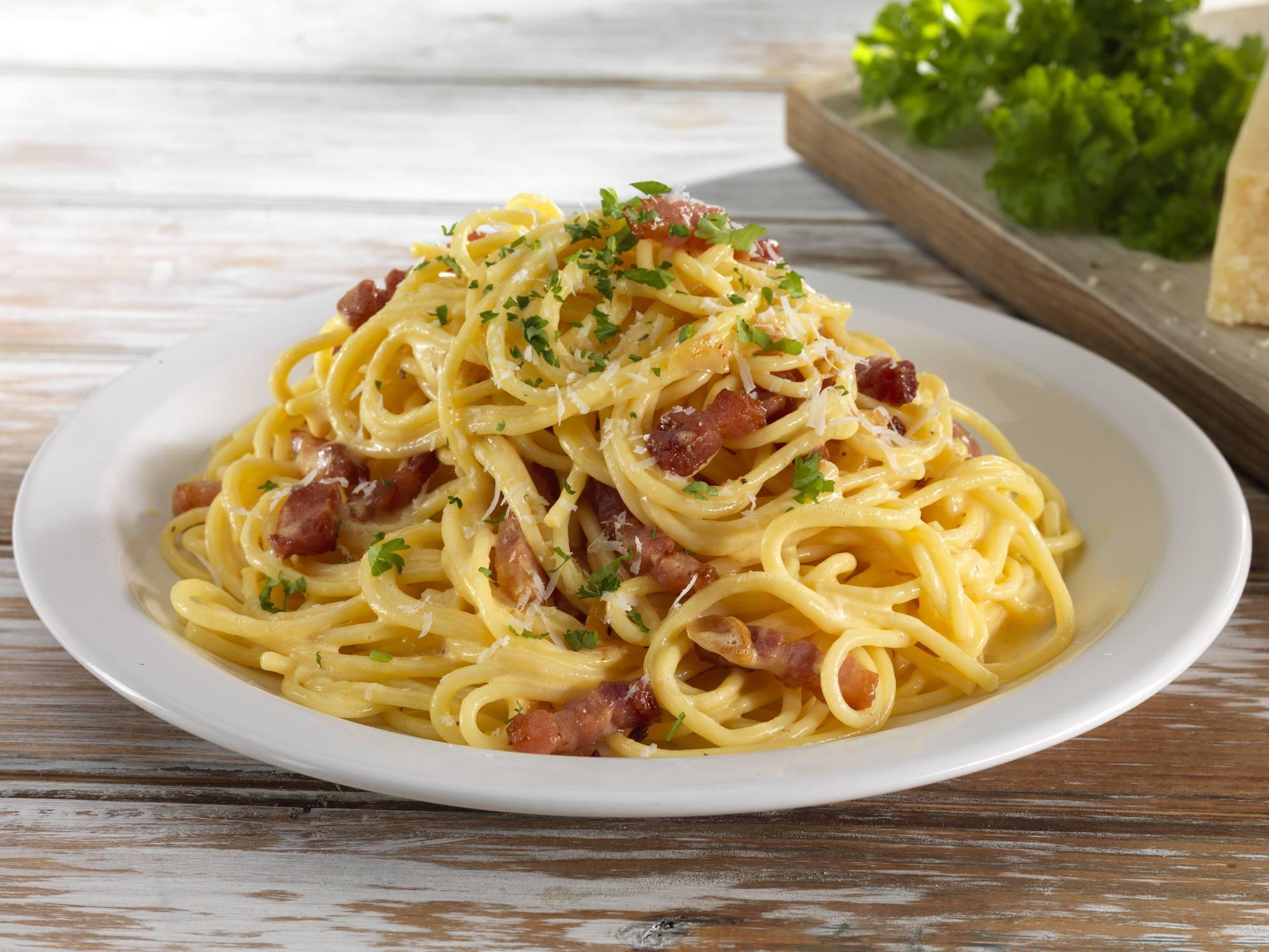 Spaghetti Carbonara | Hellmann's DK