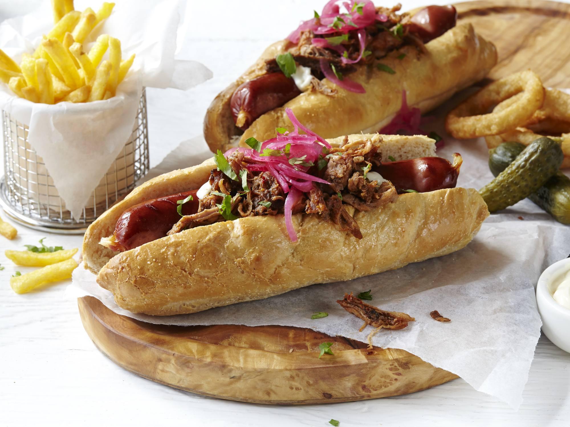 Pulled Pork Hotdog | Hellmann's DK