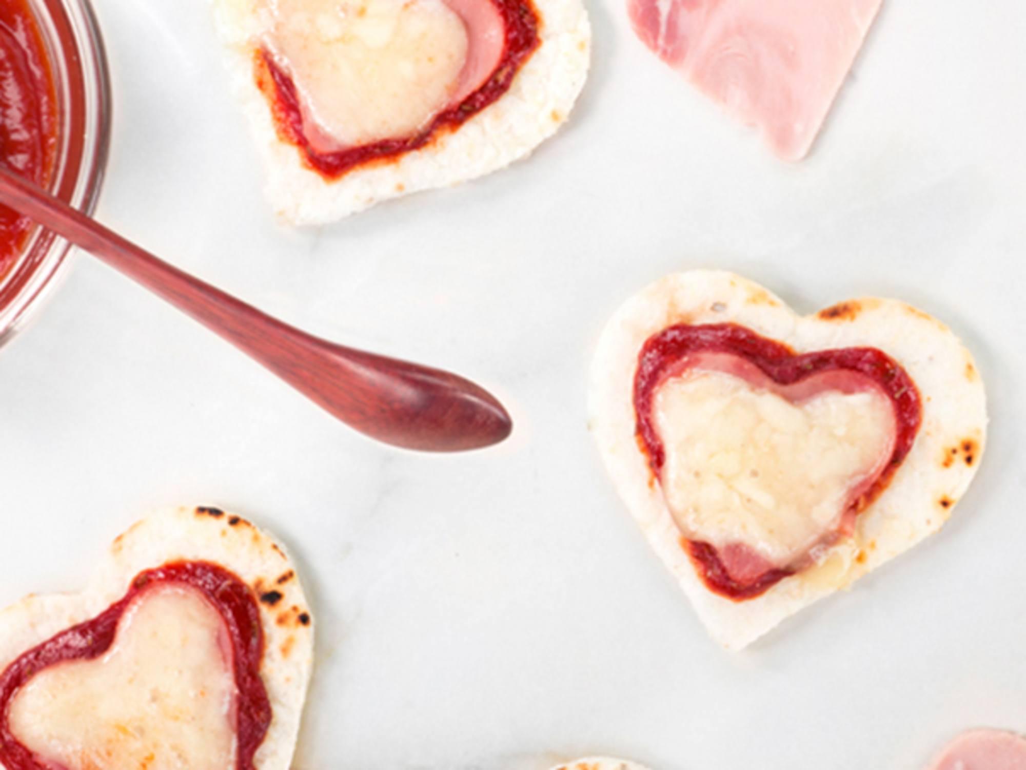 Pizzetas con Salsa de Tomate Fruco
