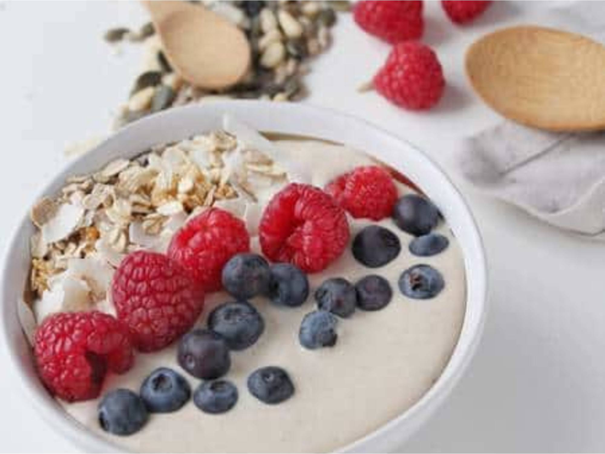 MARMITE & PEANUT BUTTER SMOOTHIE BOWL