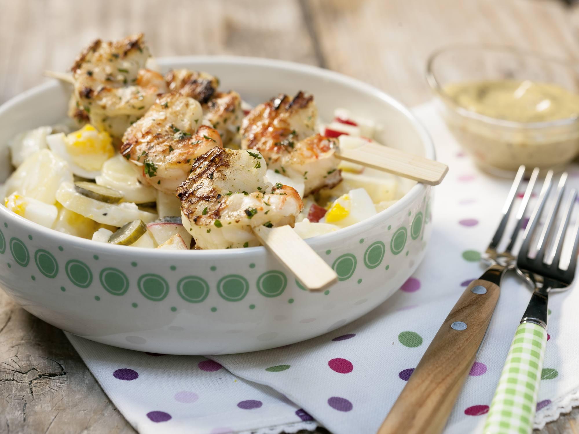 Kartoffelsalat mit Garnelen