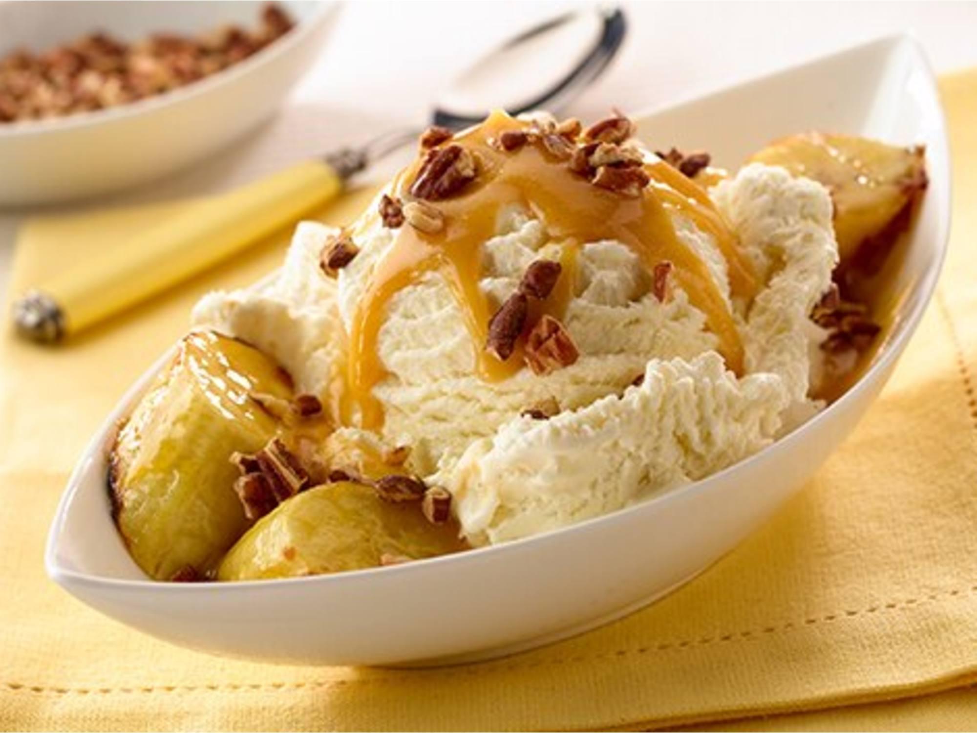 Coupes Glacées aux Bananes Grillées et aux Pacanes
