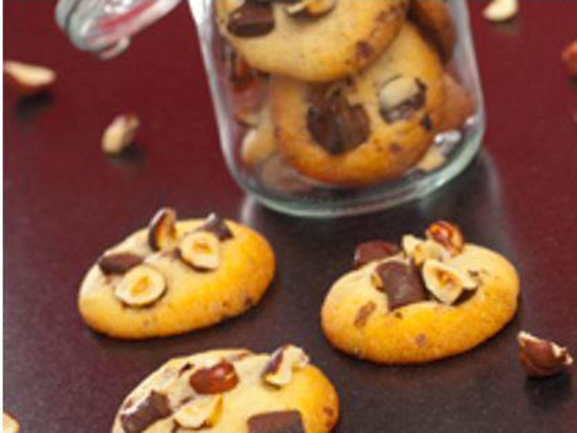 Cookies moelleux chocolat au lait et noisettes