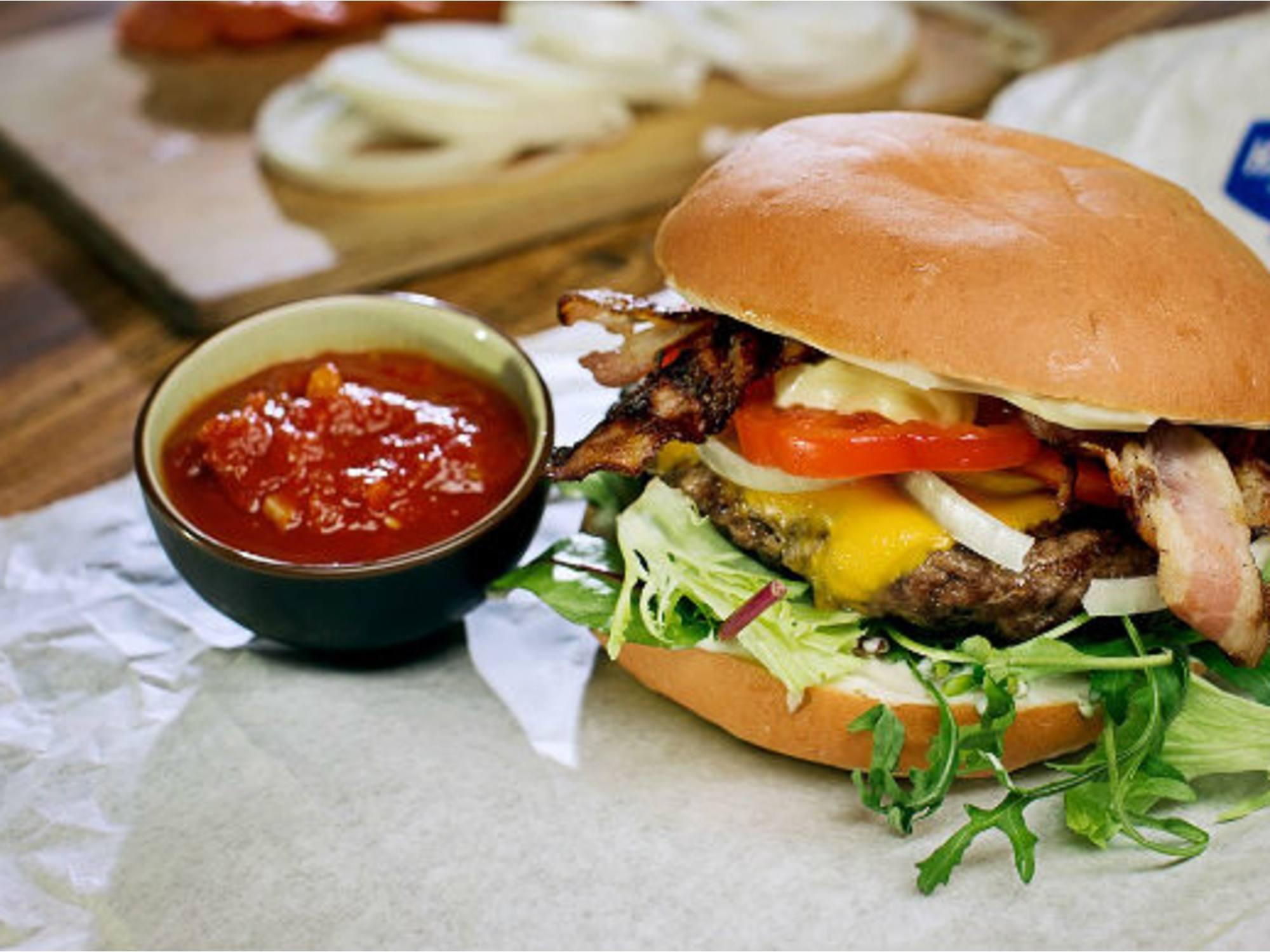 Baconburger med ost