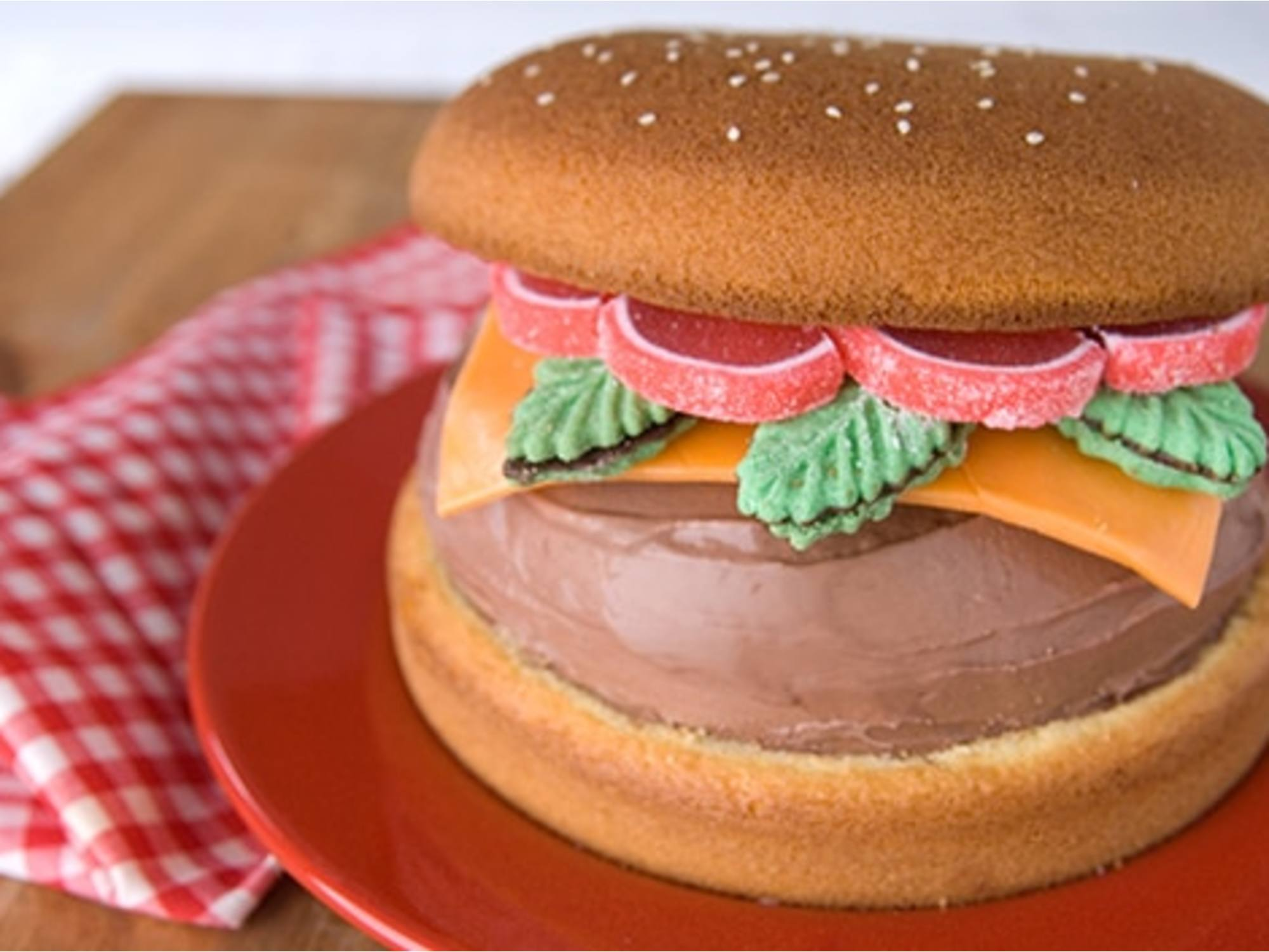 """Hamburger"" Ice Cream Cake"